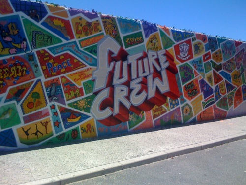 Graffiti colours the way for cape flats learners west for Extra mural activities at school