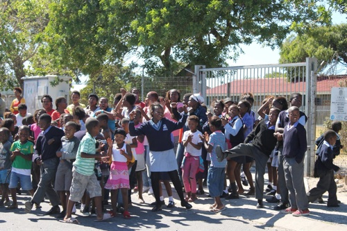 Protesting parents lock principal out of primary school