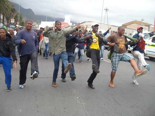 Seven trucks set alight in Cape Town during SATAWU strike