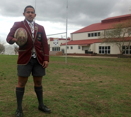One-handed schoolboy shines on the rugby field