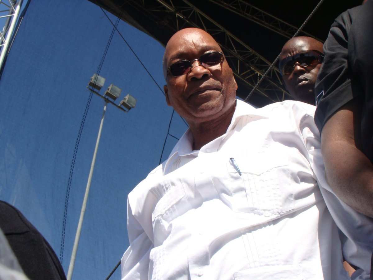 Twitter gives Zuma something else to worry about