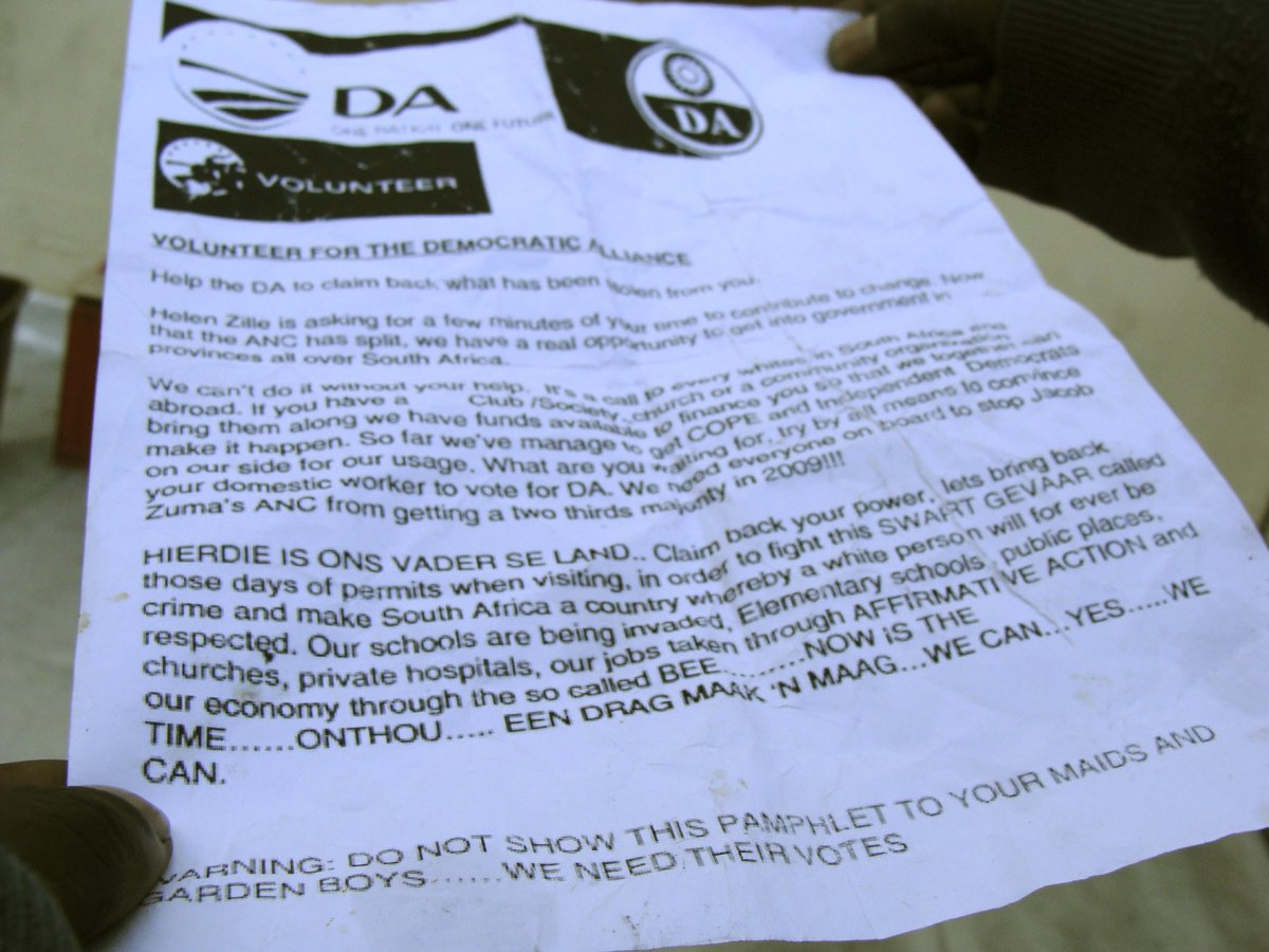Fraudulent 'swart gevaar' DA pamphlets surface in Du Noon