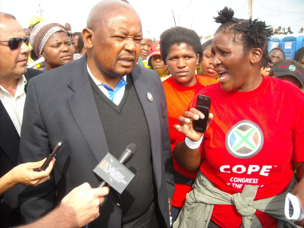 Lekota takes on ANC's Du Noon stronghold