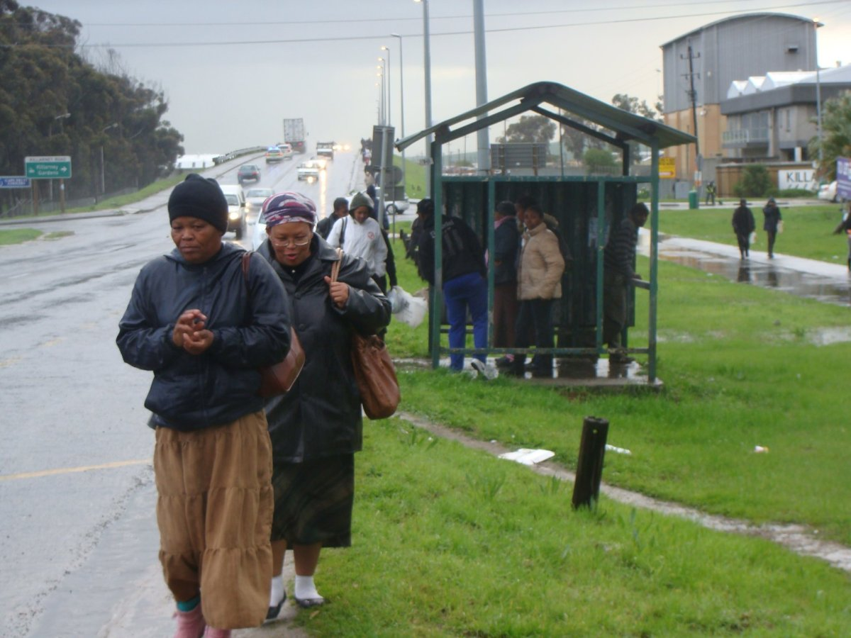 Cape commuter misery due to bus and taxi strike