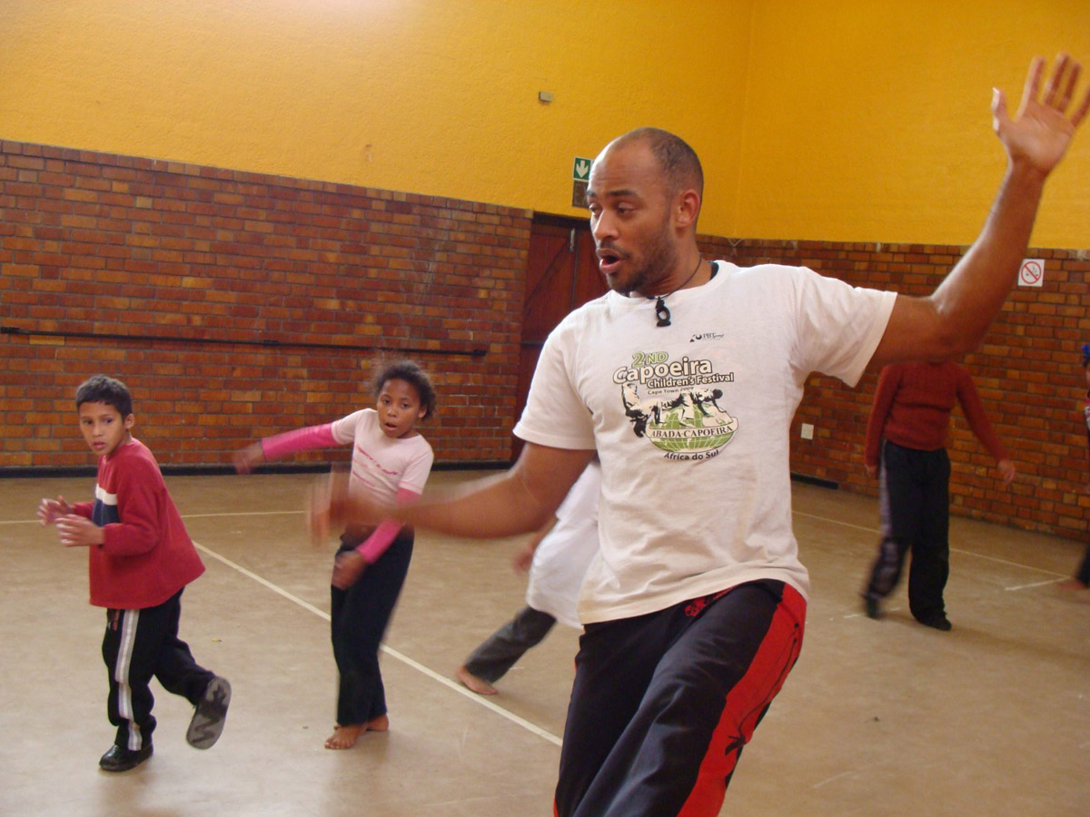 Cape kids learn Brazilian moves