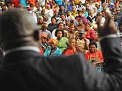 Province explains the Nuwe Begin Housing Project to angry locals