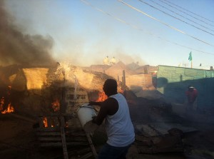 Residents' quick action prevents blaze from spreading